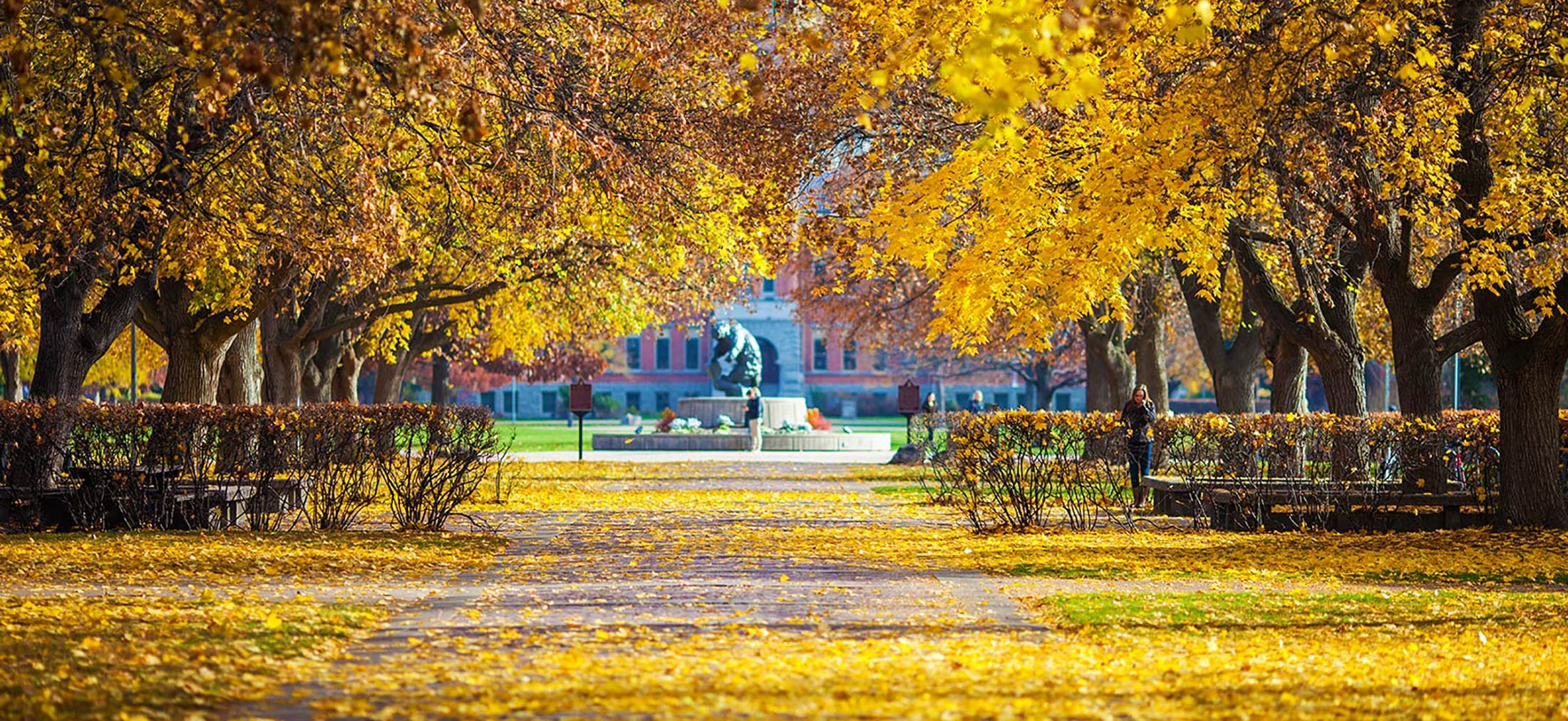 15 Photos That Prove Missoula is Undeniably Beautiful In The Fall