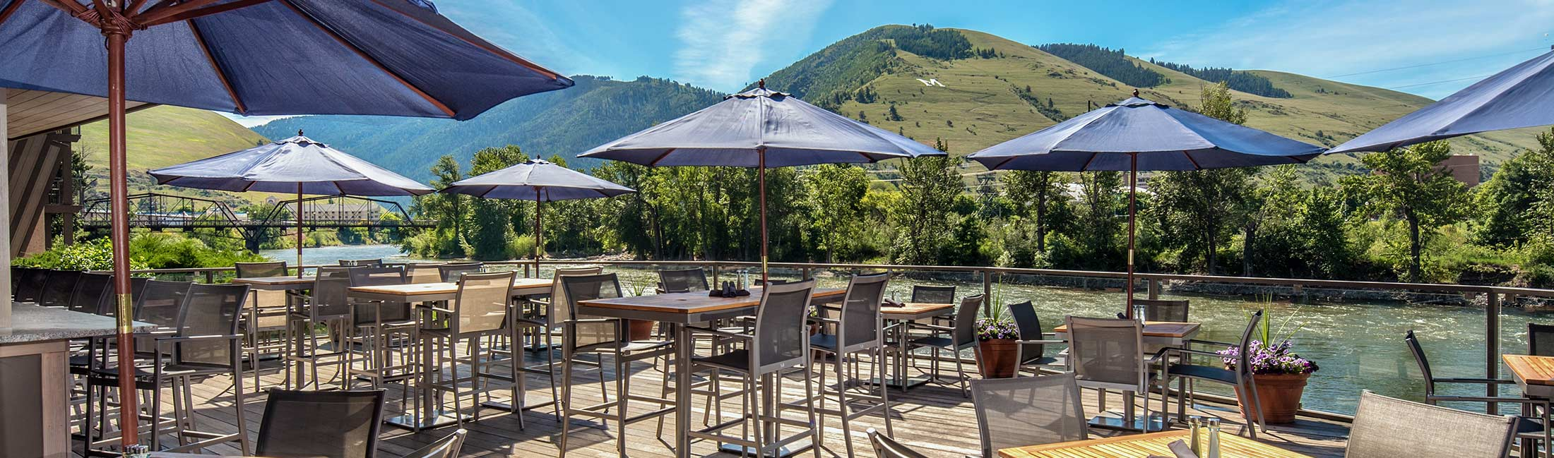 Grab Pizza and Drinks Overlooking the Clark Fork River